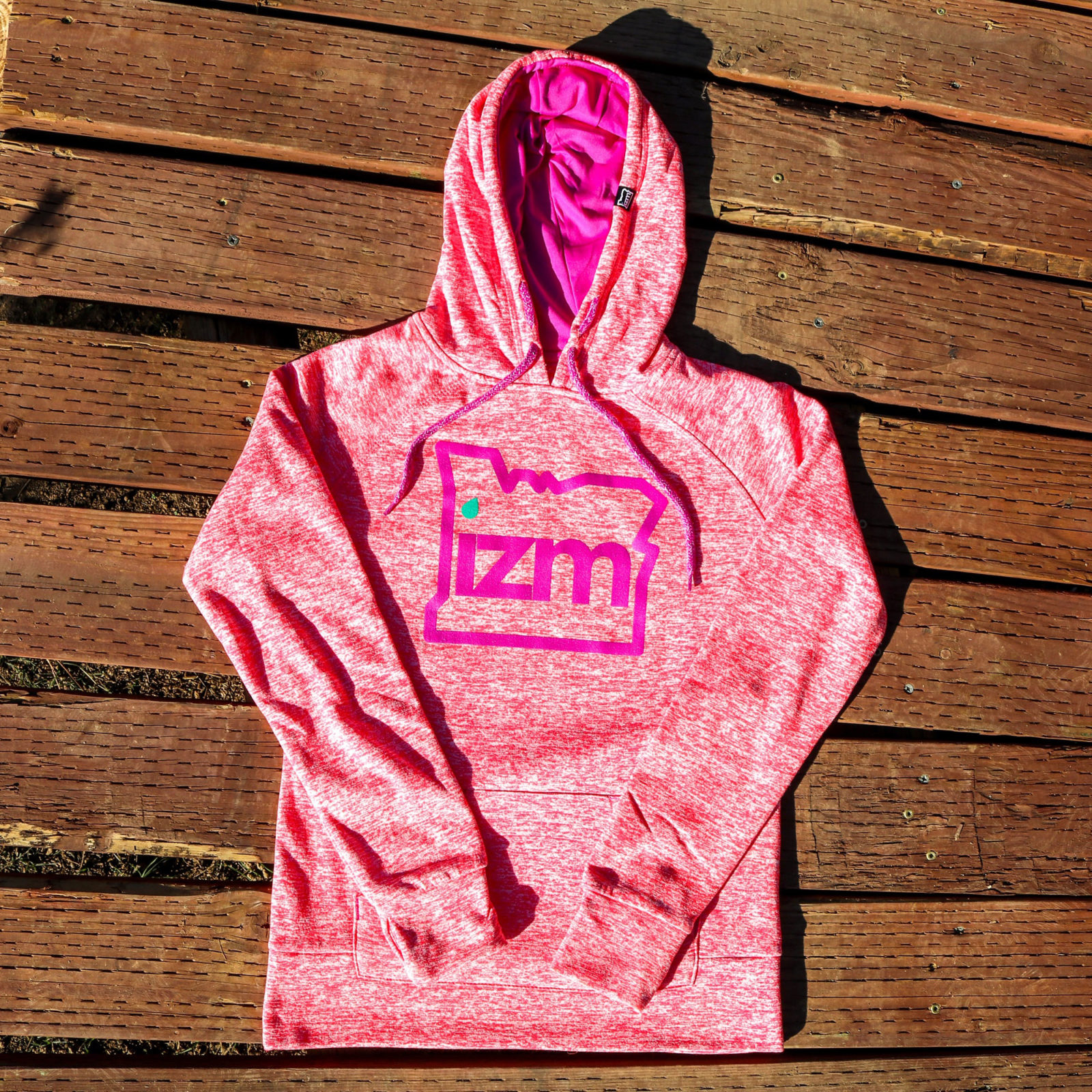 izm-productimages-stateizm-hoodie-womens-raspberry-white-2
